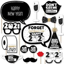 Items Where Year Is 2021 Rollin In The New Year Personalized 2021 New Year S Photo Booth Props Kit 20 Count