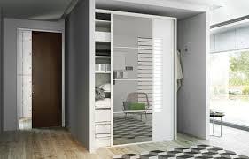 modèles de placards de chambre à coucher la porte de placard coulissante 104 cool modèles archzine fr