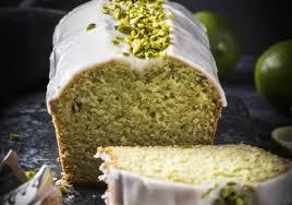 avocado limetten kuchen mit limetten zuckerguss