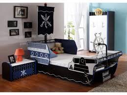 chambre garcon pirate chambre garcon theme pirate idées de décoration et de mobilier