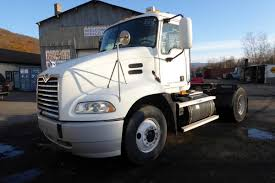 Single Axle Daycabs For Sale - Truck 'N Trailer Magazine