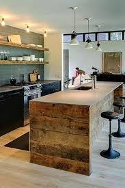 cuisine originale en bois ilot central cuisine bois avec naturel choosewell co