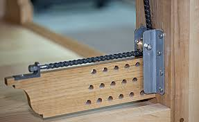 review chain leg vise for roubo style benches by briant