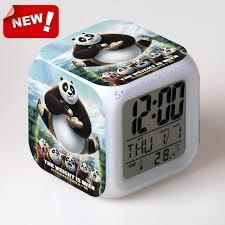 gadgets bureau kung fu panda 3 wekker led licht 7 kleur veranderen cool gadgets