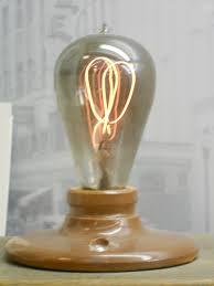 8 lasting light bulbs oddee