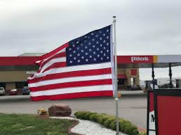 Man Criticizes Pilot In Amarillo For Not Flying The Flag