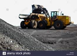 100 Dump Truck Storage Mining Transporting Manganese Ore For Processing And
