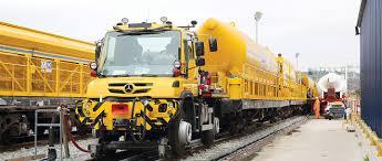 100 Shunting Trucks Unimog As A Crane And Shunting Vehicle At Crossrail London MBS World