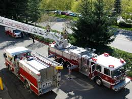 Rob Fisher: Quints - FDIC 2006 Pierce 100 Quint Refurb Texas Fire Trucks Hawyville Firefighters Acquire Truck The Newtown Bee Fire Apparatus Wikipedia 1992 Simonduplex 75 Online Government Auctions Of Equipment Fairfield Oh Sold 1998 Kme Quint Command Apparatus 2001 Smeal Hme Used Details Ferra Inferno Vcfd Truck 147 And Fillmore Dept Quint 91 Holding Th Flickr 1988 Emergency One 50 Foot Fire Truck 1500 Flower Mound Tx Official Website