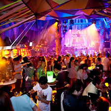 Top Dance Clubs In Bangkok | Travel + Leisure Luxury 5 Star Hotel Bangkok So Sofitel Alternative Rooftops Sm Hub Sky Bar Top 18 Des Rooftops Awesome Nightlife 30 Best Nightclubs Bars Gogos In 2017 Riverside Rooftop Siam2nite 10 Expat And Pubs Magazine Blue Rooftop Bar Restaurant At Centara Grand Central Plaza Octave Marriott Sukhumvit The Thailand No Desnations Fine Ding Centralworld