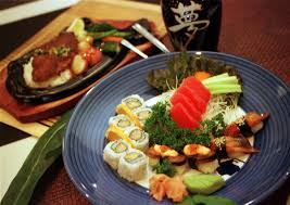 tips for eating at a conveyor belt sushi restaurant all ablog austin