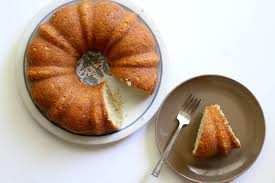 How to Bake an Easy Applesauce Cake 12 Steps with