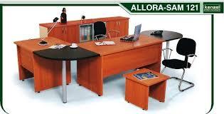 mobilier de bureau occasion mobilier bureau professionnel table bureau bois lepolyglotte