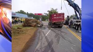 Video Shows Mack Truck Careen Around Curve, Killing Caroline County ... One Dead After Log Truck Crash In Brooks County News Wtxlcom Clackamas Sheriff On Twitter Vs Log Truck Crash Redland Vwvortexcom The Wacky Traffic Accident Pic Post Fife Street Reopens Spilled Load Tribune Pickup Driver Uninjured In Incredible With Logging 82813 Sierra Prospect Woman Crashes Into Weathersfield Vermont Standard Video Semitruck Loses Control Crashes Into Gas Station Cajon Rollover Northway Reduces Traffic To One Lane Local Severely Hurt 2 Logging Trucks Washington Saline River Chronicle Turnover Highway 160