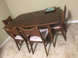 Broyhill Saga Dining Table And Chairs 49.99. Needs A Little Tlc, But ... Broyhill Ding Room Set New Mid Century Bedroom Fniture Fresh Midcentury Walnut Ding Room Set Brasilia By Used Attic Retreat 6 Piece Table Ladderback Rustic Leg With Leaves Fmg Lenoir 5piece Counter Height Costco For The Modern And Chairs Etsy Forward 70 Apartment Sold Out Premier Ming Collection Vintage Burl Lacquer Pick Your Lovely Couch Design Living Seabrooke Turned Local