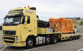 Volvo Gallery - Part 3 :: Www.trucks-cranes.nl 7 Types Of Semitrucks Explained Trucks For Sale A Sellers Perspective Ausedtruck Trucking Industry In The United States Wikipedia Nikola Corp One Trestlejacks For Trailers Pin By Ray Leavings On Peter Bilt Trucks Pinterest Peterbilt Of Semi Truck Best 2018 Filefaw Truckjpg Wikimedia Commons Why Do Use Diesel Evan Transportation Heavy Duty Truck Sales Used February 2000hp Natural Gaselectric Semi Truck Announced Regulations Greenhouse Gas Emissions From Commercial