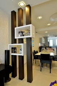 säulen mit lagerung als trennschrank offene teile wohnzimmer