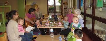 begegnung verschiedener altersgruppen im