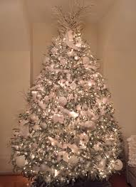 Pink Flocking Spray For Christmas Trees by Diy Flocked Christmas Tree Heels And Housewifery