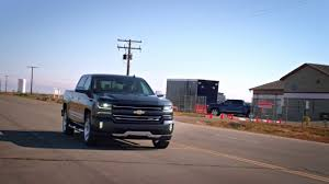 Howie Long In-Depth Look At Your Next Truck – Silverado 1500 ...