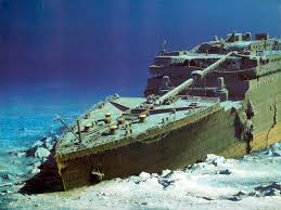 Titanic Sinking Simulation Real Time by Titanic U0027s Lifeboat And The Wreck Titanic Titanic Wreck And Rms