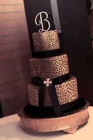 Cheetah Print Room Decor by Best 25 Leopard Cake Ideas On Pinterest Leopard Print Cakes
