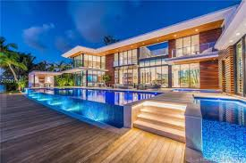 100 Miami Modern Magnificent Mansion With Ocean Panorama
