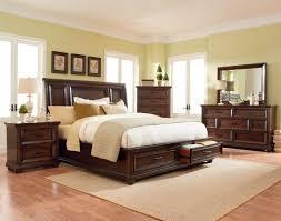 Huey Vineyard Queen Sleigh Bed by Bedrooms