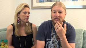 Derek Trucks & Susan Tedeschi - Keep Your Lamp Trimmed And Burning ...