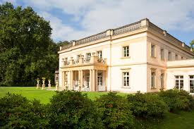 Neoclassical House This Neoclassical House Was Built Architectural Revival