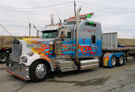 100 Custom Truck Paint Designs Big Rigs Show S Photo Collection Ultra Cool Rides