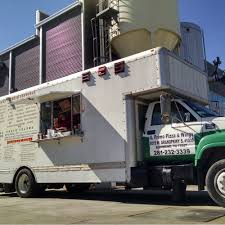 Il Primo Pizza Truck - Richmond, TX Food Trucks - Roaming Hunger