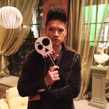 Halloween 2 Cast by Here Are 8 Amazing Shadowhunters Cast Photos To Get You Buzzed For