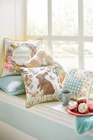 Pier One Outdoor Throw Pillows by 42 Best Easter Images On Pinterest Easter Decor Easter Ideas