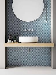 skandinavisches badezimmer design mit chrom