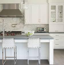 cuisine plan de travail gris plan de travail pour cuisine choisir la bonne couleur