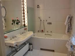 mein badezimmer mit tageslicht picture of brenners park