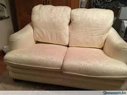 burov canapé divan canapé burov blanc 2 à 3 pers confort fauteuil a vendre