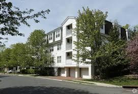 100 Crystal Point Apartments The At Watchung