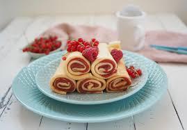 dinkel pfannkuchen ohne zucker mit zuckerfreier beeren marmelade