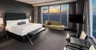 100 World Tower Penthouse Suites Sydney Suites Brisbane Meriton Suites