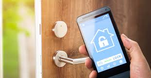 """Siri opens """"smart"""" lock to let neighbor walk into a locked house"""