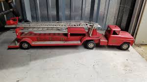 Vintage Tonka Fire Truck With Ladder In Toys & Hobbies,Diecast & Toy ... Pin By Robert W Eager On Old Toys Pinterest Tonka Fire Truck Vintage Tonka Fire Truckitem 333c43 Look What I Found Joe Lopez Twitter Truck 55250 Pressed Steel Amazoncom Mighty Motorized Toys Games Metal Toy Semi Bottom Dump Donated To Museum Whiteboard Product 33 Inch Bodnarus Auctioneering 1963 Pumper Etsy No 5 Mfd Fire Truck Toy Buy 1999 Hasbro Department Push Pull Welcome To East Texas Garage Vintage Pumper