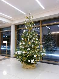 10 Ft Christmas Tree by Corporate Christmas Trees Flowers By Flourish