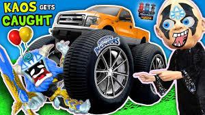 VILLAIN RUNS OVER TOY W/ CAR + Boiling Toys & More 💀 Kaos Gets ...