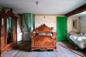 verlassenes antikes schlafzimmer robroek