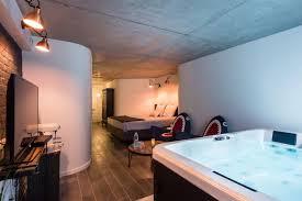 chambre spa privatif nord suite avec spa privatif 2 lofts à louer à lille nord