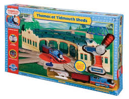 amazon com hit toys thomas at tidmouth sheds toys games