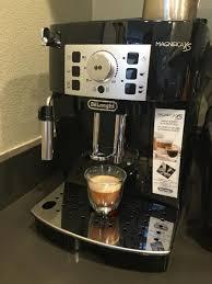 DeLonghi Magnifica XS Espresso Machine Review