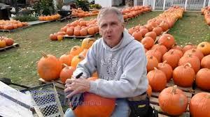 Pumpkin House Kenova Wv 2016 by 3 000 Pumpkins Later Famous W Va Pumpkin House Is Ready Youtube